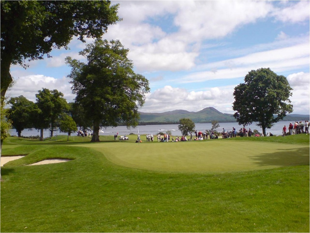 Un green du golf de Loch Lomond.