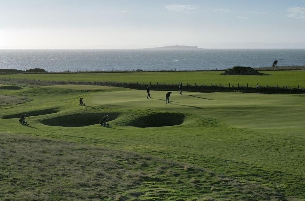 La vue du fairway du golf de Crail Craighead.