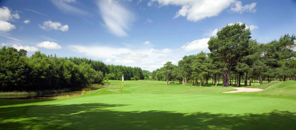 Large green sur le parcours Hawkshill au club de Newmachar
