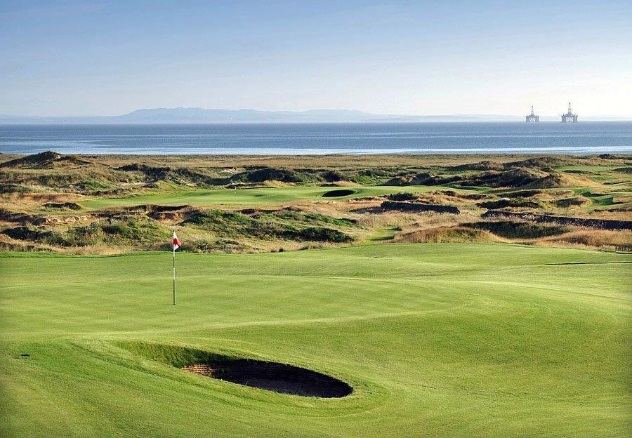 Bunker sur le parcours de golf de Dumbarnie Links en Ecosse proche de St Andrews