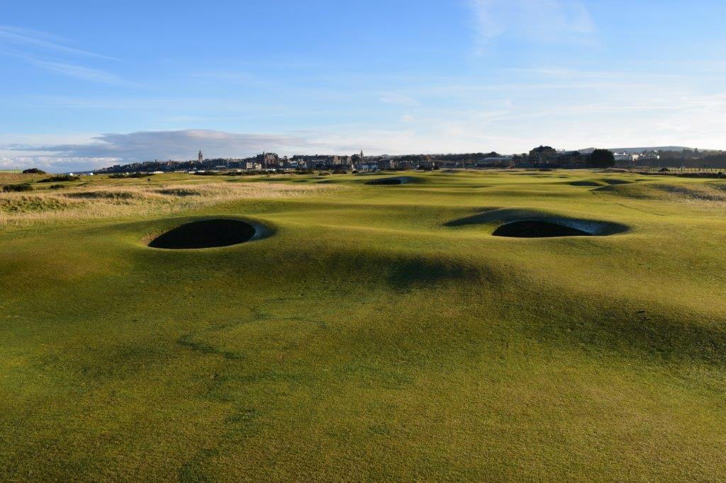 Fairway du 15ème trou du golf Old Course à St Andrews en Ecosse