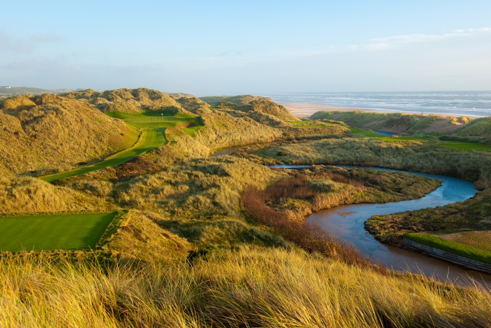 Rough et dunes sur le parcours du Trump International Golf Links Scotland