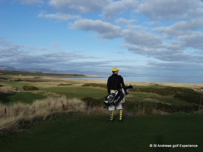 Golfeur sur le parcours du Royal Dornoch