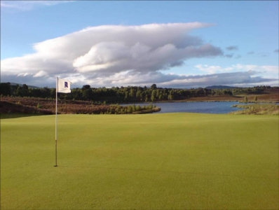 Green et obstacle d'eau lors du Pro-Am Scottish Hydro Challenge