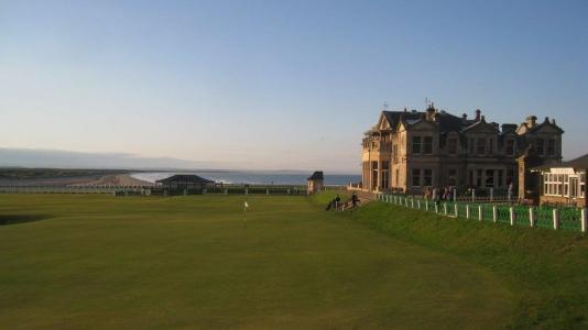 Green et Royal et Ancient du golf Old Course à St Andrews en Ecosse