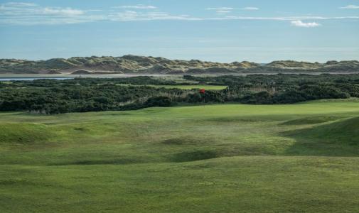 Large green et dunes sur le parcours de Newburgh