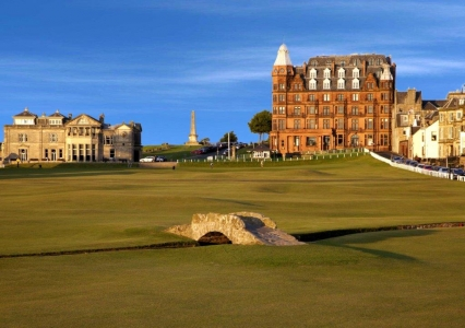 Le pont du golf Old Course à St Andrews en Ecosse