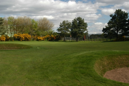Un green du golf de Scotscraig.