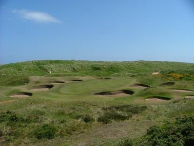 Green entouré de bunker sur le parcours du Royal Aberdeen