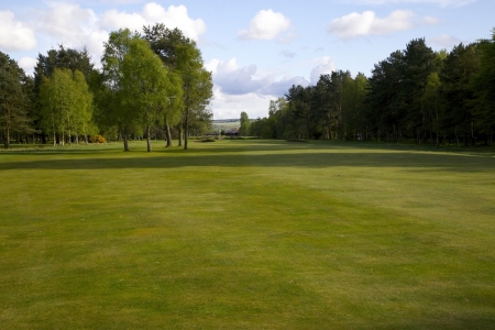 Le fairway du golf de Ladybank.