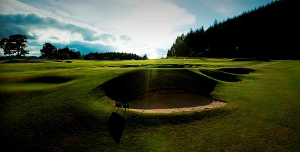 Bunkers et green sur le parcours de Pitlochry