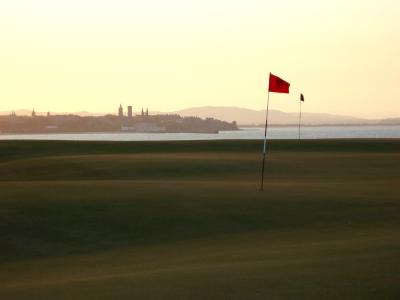 Coucher de soleil sur le green sur le Castle Course à St Andrews