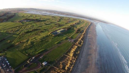 Vue aérienne du golf Old Course à St Andrews en Ecosse
