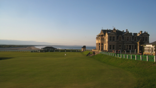 Green du 18 et Royal & Ancient sur le parcours du Old Course St Andrews