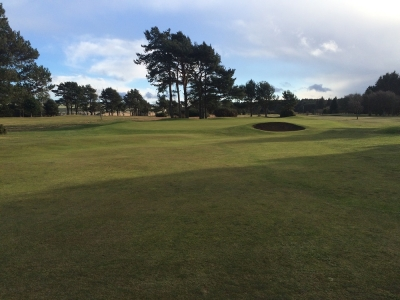 Un fairway du golf de Scotscraig.