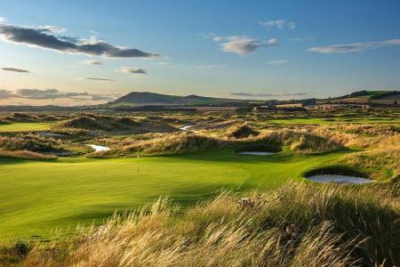 Rough sur le parcours de golf de Dumbarnie Links en Ecosse proche de St Andrews