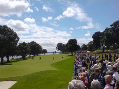 Le public du golf de Loch Lomond.