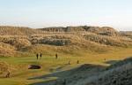 Golfeurs sur le green dans les dunes su rle parcours de Fraserburgh