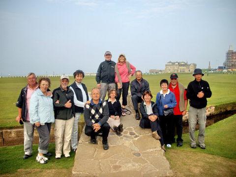 Groupe de golfeurs lors d'un séjour de golf à St Andrews